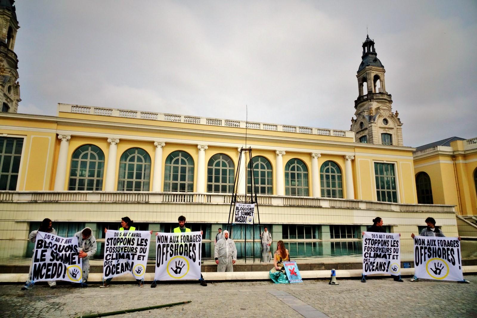 Action ANV-COP21 à Pau