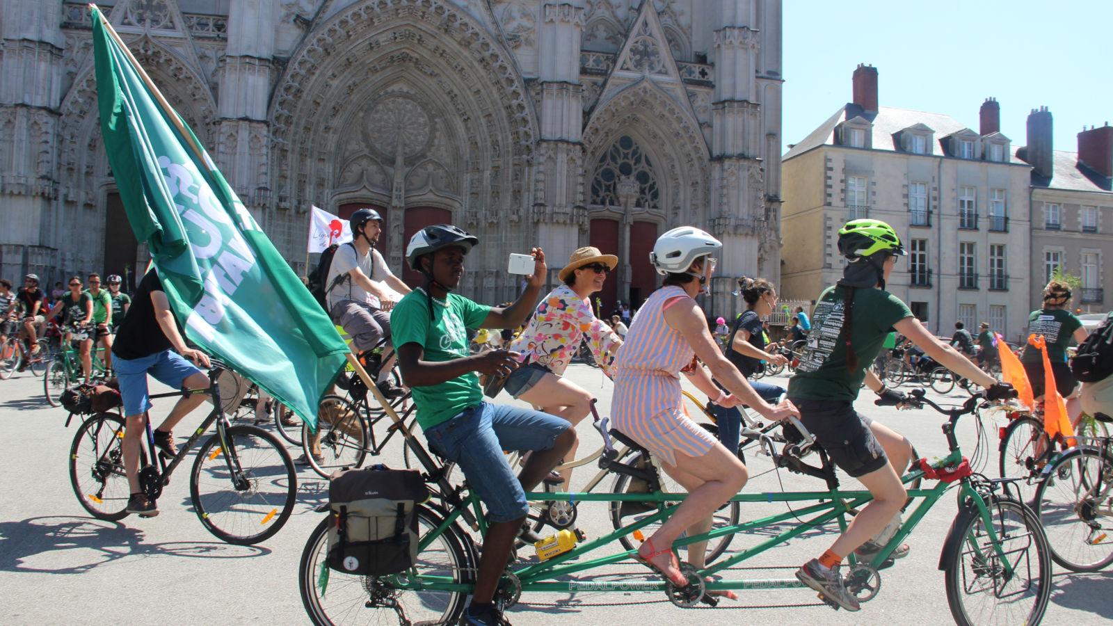 Parade vélo à Nantes