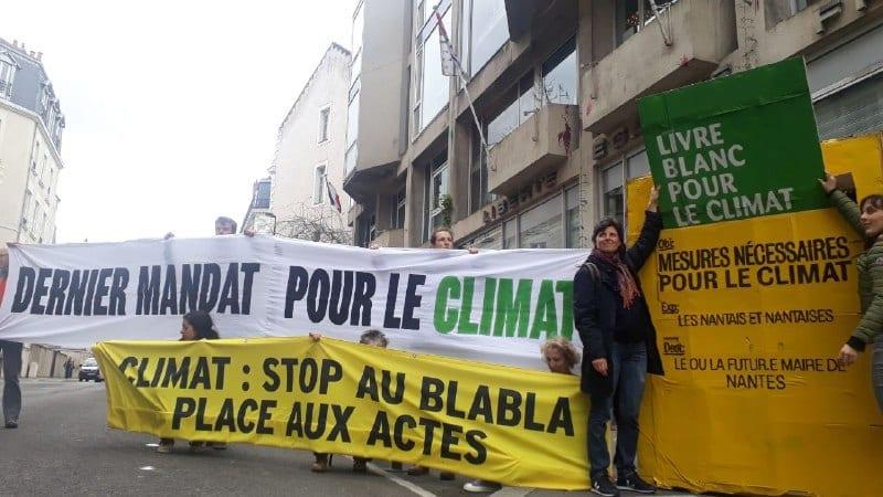 Samedi 14 mars – À la veille des municipales, les Nantais-es sont resté-es mobilisés pour le climat malgré l'annulation de la Marche pour le climat.